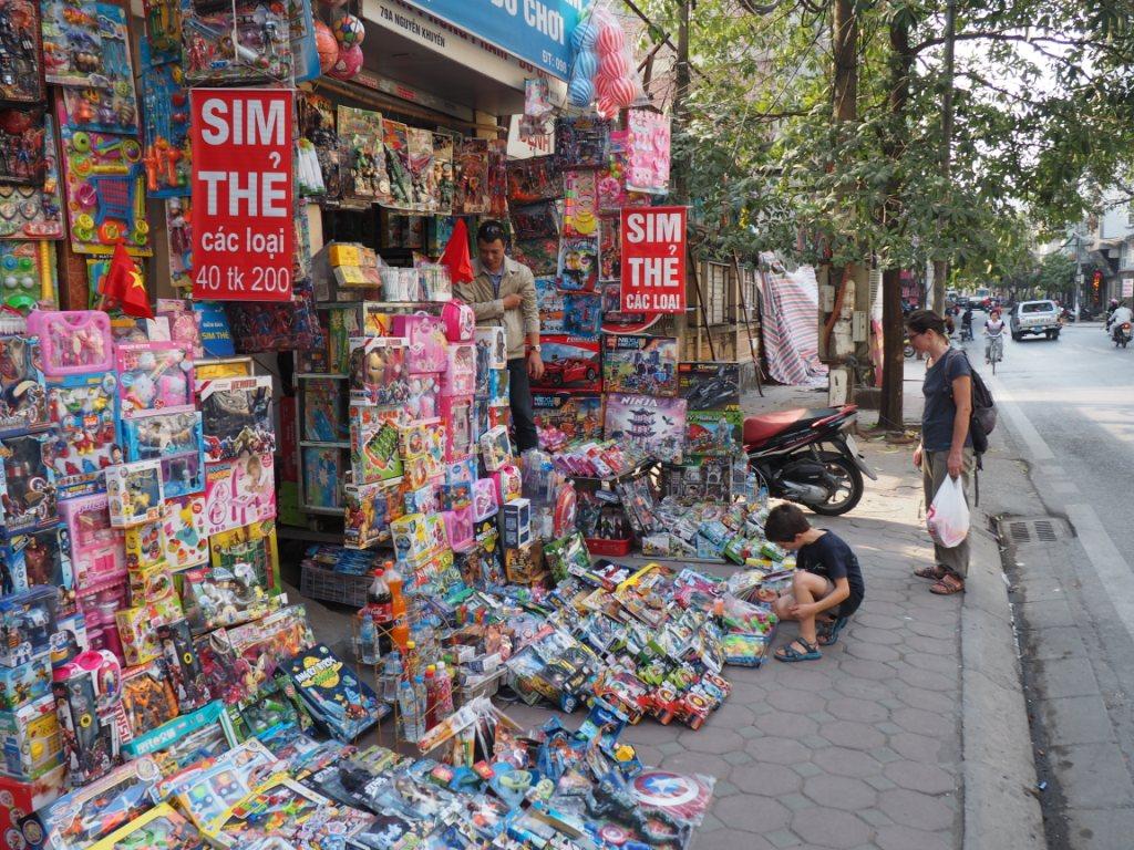 Etal de rue à Hanoï